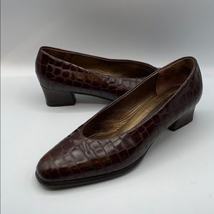 Peter Kaiser women's size 8 1/2 Leather shoes
